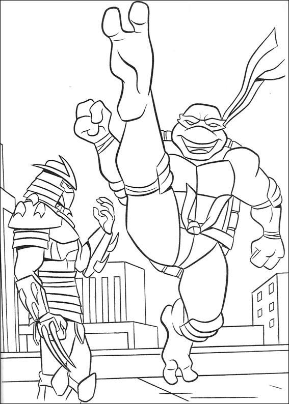 Testoasa ninja in lupta cu Shredder