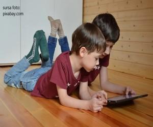Copiii sunt dependenti de tehnologie? Ce putem face?