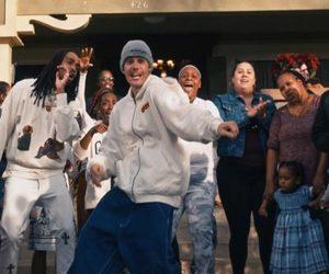 Justin Bieber lanseaza videoclipul piesei