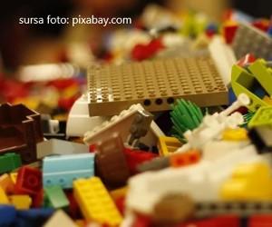 Cat poate rezista o piesa LEGO in mediul marin?