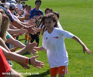 5 beneficii pe care le poate aduce practicarea sportului la copii