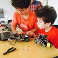 La KIDEX continua lectiile gratuite de robotica