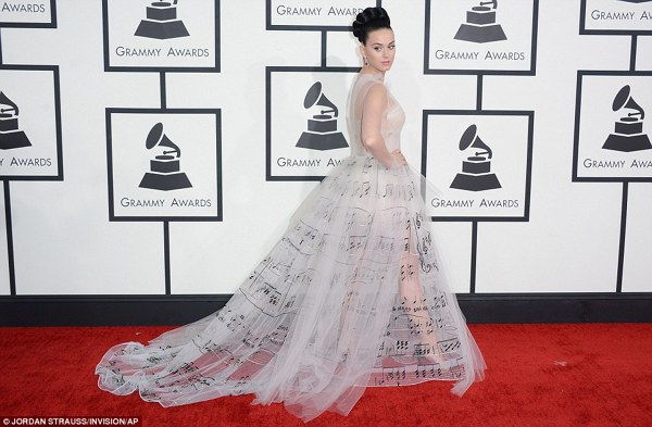 Katy Perry la premiile Grammy 2014