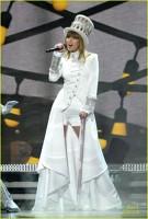 Taylor Swift pe scena premiilor Grammy 2013