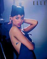 Rihanna a pozat pentru revista Elle