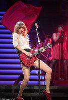 Taylor Swift a inceput turneul Red