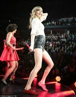 Taylor Swift in turneul Red