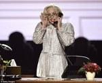 Lady Gaga a cantat la AMA 2013