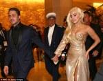 Lady Gaga si prietenul ei la Globurile de Aur
