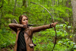 Jennifer Lawrence in rolul lui Katniss