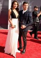 Nick Jonas si prietena lui, Olivia Culpo la VMA 2014