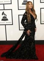 Beyonce la premiile Grammy 2015