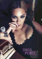 Beyonce - fotografie din Harper's Bazaar
