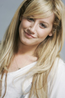 Zambetul lui Ashley Tisdale