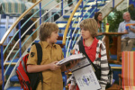 Dylan Sprouse si fratele sau Cole in 'The Suite Life On Deck'