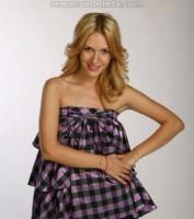 Adela Popescu blonda
