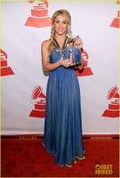 Shakira castiga premii