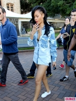 Rihanna are un nou look