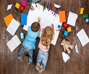 Activitati pentru a tine copiii ocupati in timp ce parintii lucreaza acasa