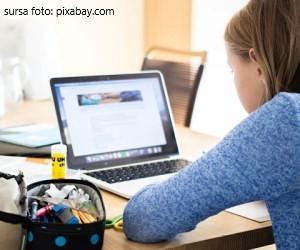 Au reinceput cursurile online. Se redeschid scolile in februarie