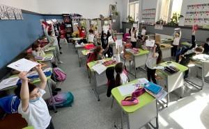 350 de elevi din 10 scoli ale sectorului 2 participa la  Carnaval in jurul lumii