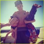 Justin Bieber si fratii lui, Jaxon si Jazmyn