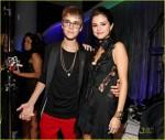 Selena Gomez si Justin Bieber la MTV 2011