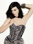 Katy Perry a pozat in Maxim