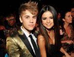 Justin Bieber, sfatuit sa nu o lase insarcinata pe Selena Gomez