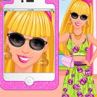Barbie's Selfie Makeup Design